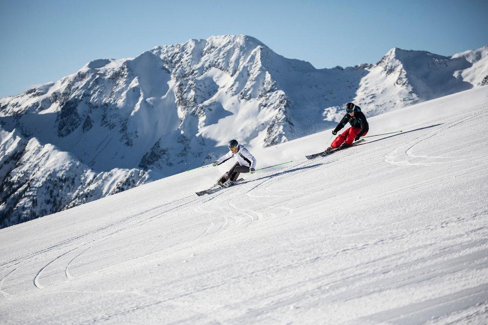 Skifahren in der Zillertal Arena - © Zillertal Arena | Johannes Sautner