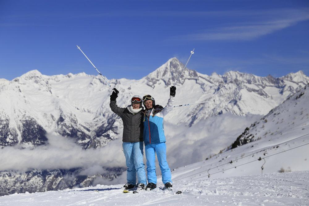 Skifahrer in Unterbäch - © Unterbäch Tourismus