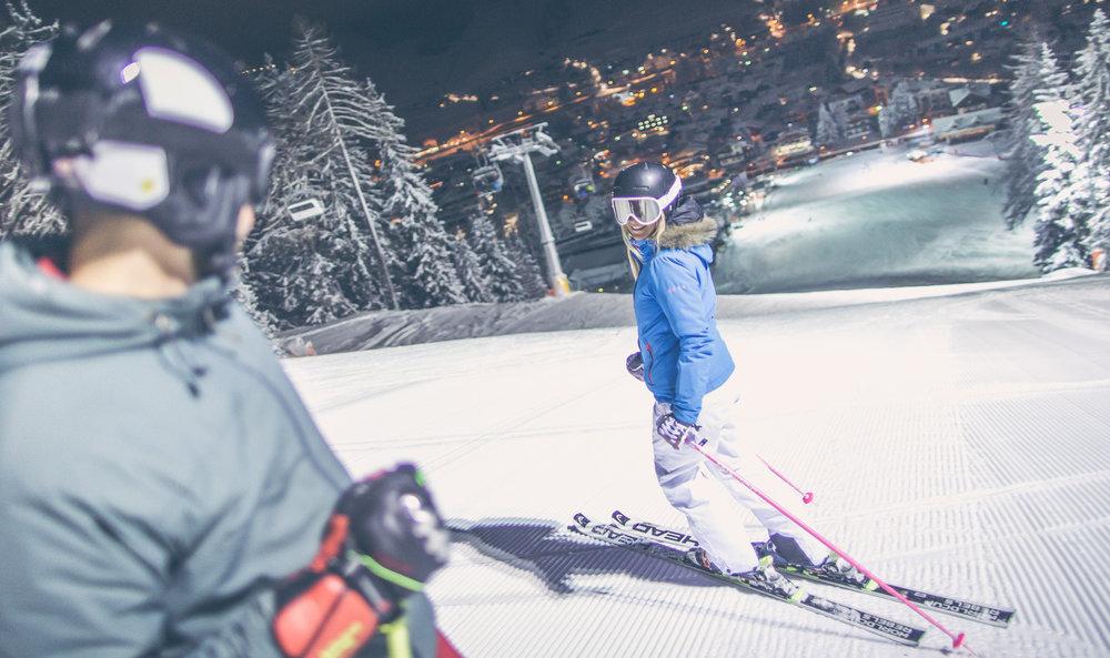 Abendliches Skifahren in 3 Zinnen Dolomiten - © 3 Zinnen Dolomites | Kottersteger
