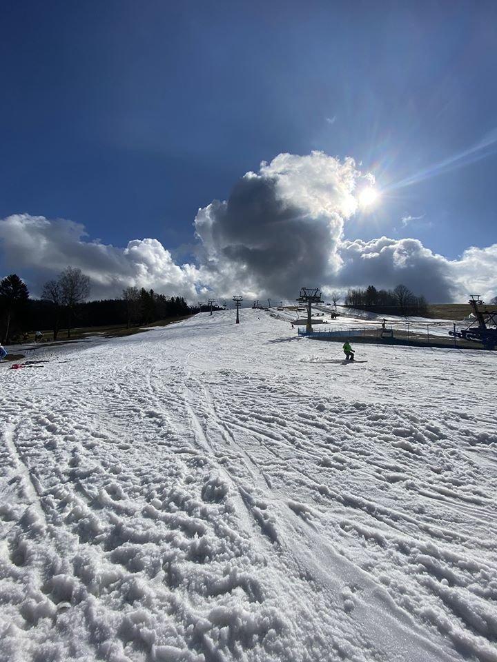 Deštné v Orlických horách 4.3.2020 - © facebook | facebook | Ski centrum Deštné