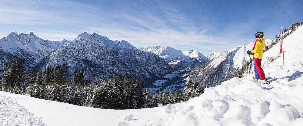 Skifahren im Lechtal - © Lechtaler Bergbahnen GmbH & Co KG
