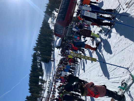 Northstar California - huge lines today.  hour wait for gondola the another hour wait.  go somewhere else if you can!!  - © Anonymous
