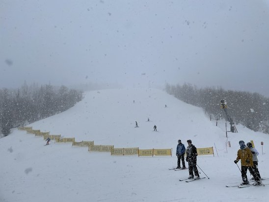 Park City - Got a few inches of fresh pow today. Visibility got worse in the late afternoon and the trails started getting lumpy. Tomorrow will snow again so this weekend should be overall pretty good. - © Anonymous