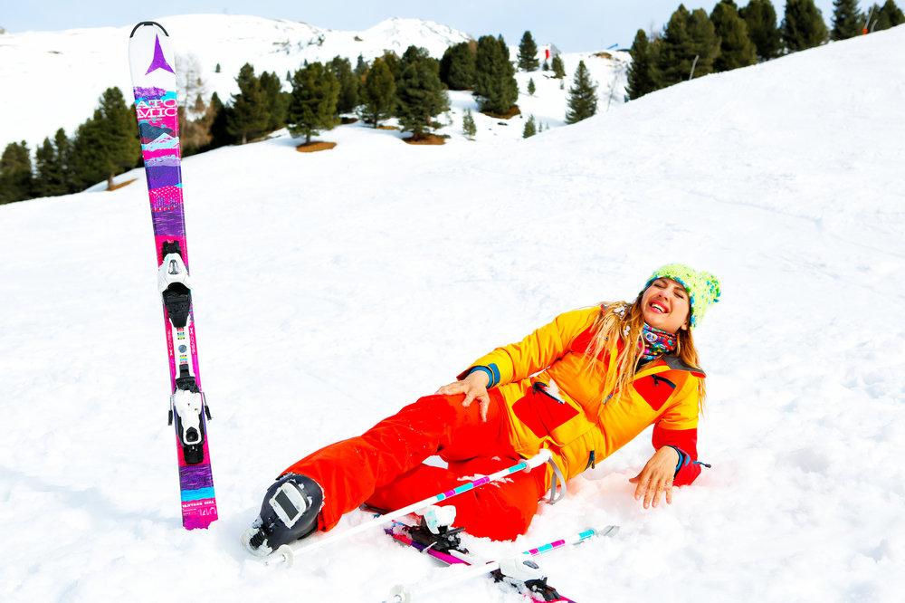 La mauvaise condition physique, le mauvais réglage de son matériel et la non maitrise de sa vitesse constituent les principales causes de chute et de blessure au ski - © drubig-photo - Fotolia.com