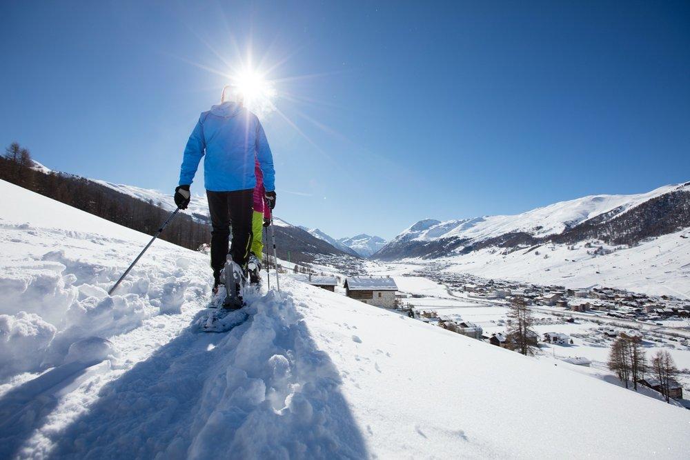 Een wandeling op sneeuwraketten in Livigno. - © Ciaspole