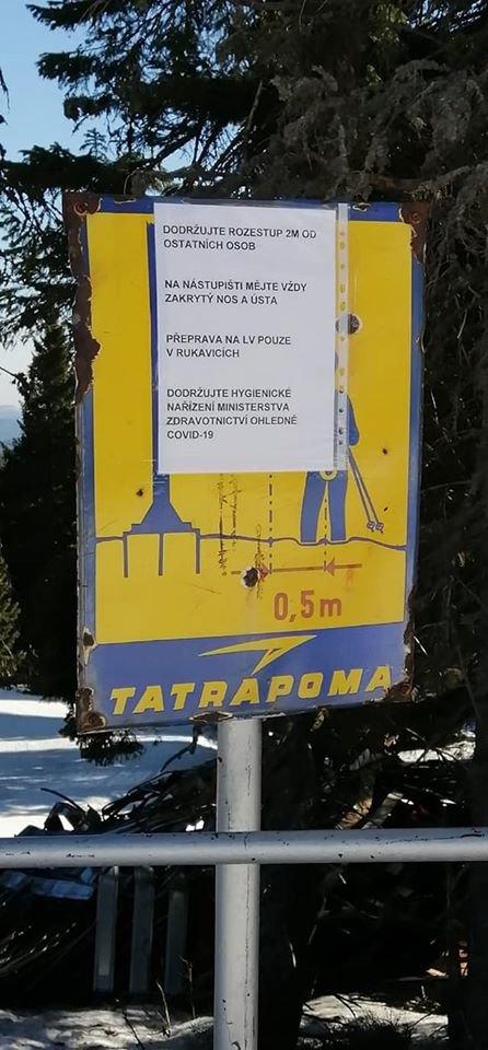 Consigli di sicurezza relativi al Coronavirus sciare  - © facebook   Figura - ubytování na Pradědu