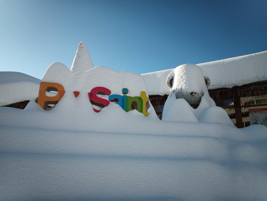 De la neige, c'est pas ça qui manque à Puy Saint Vincent en ce début décembre... - © Facebook Domaine skiable de Puy Saint Vincent