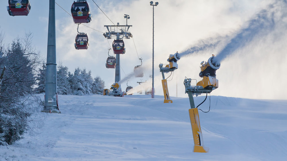 Snow guns at the Willingen ski resort  - © Skigebiet Willingen