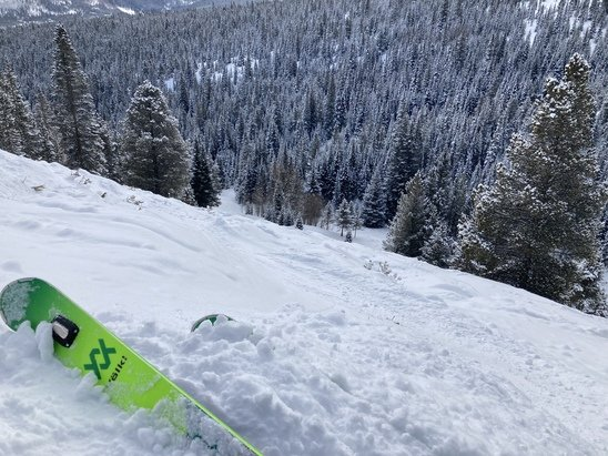 Breckenridge - Dark Rider to Elan last week. Loved it all! Brought GS skis from Midwest and carved up peak 10 front side, but also everything under E chair and 6 chair. Fresh tracks up on Whale's tail. Loved it! - © BlokusBob