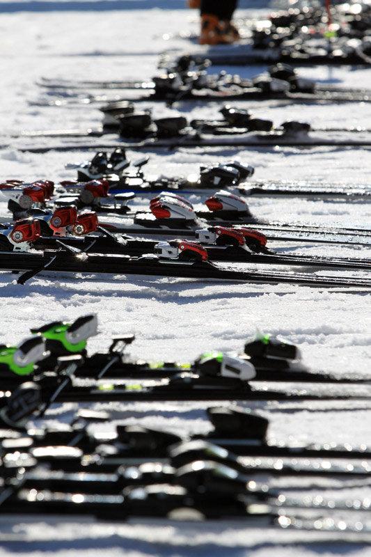 Testovacie modely lyží - © www.worldskitest.com