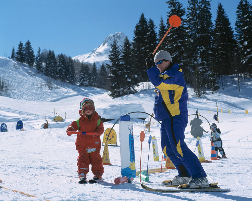 Skiing lessons for kids in Adelboden