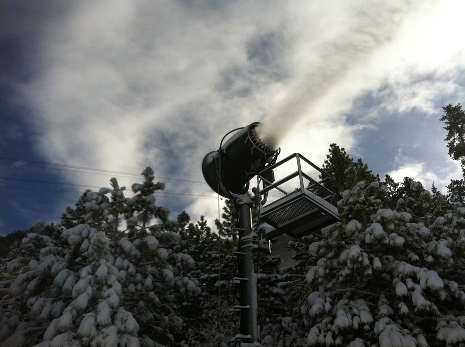 Snowmaking. Photo credit: Heavenly