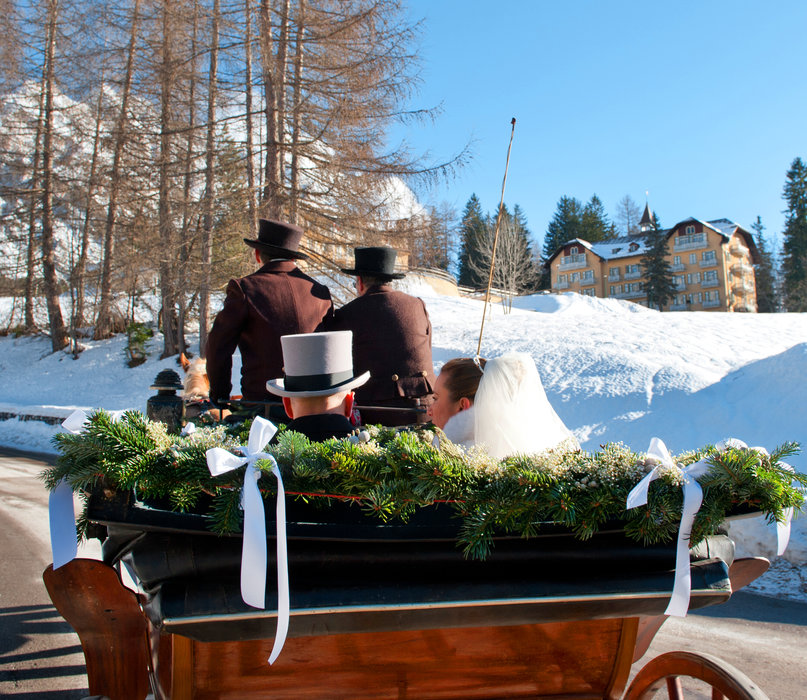 Wedding couple in horse and carriage, Cortina