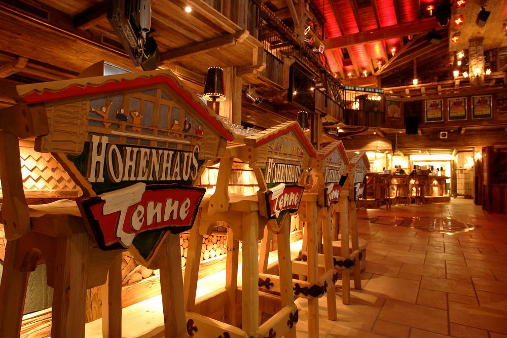 Hohenhaus Tenne: Aprés Ski, Live- Acts und ein Aprés Ski Bus, der alle sicher nach Hause bringt. - © © Hohenhaus Tenne