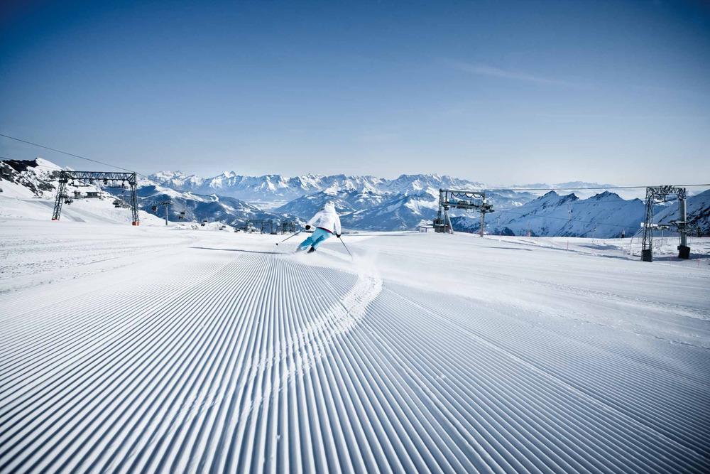 Skifahrer am Kitzsteinhorn - © Zell am See-Kaprun Tourismus GmbH