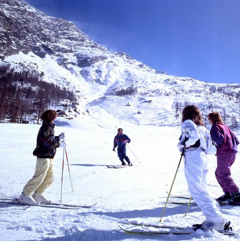 Ski instruction at Saas Almagell, a village near Saas Fee.