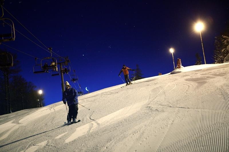 Ski aux aurores à la Bresse Hohneck - © Billiotte / OT de la Bresse Hohneck