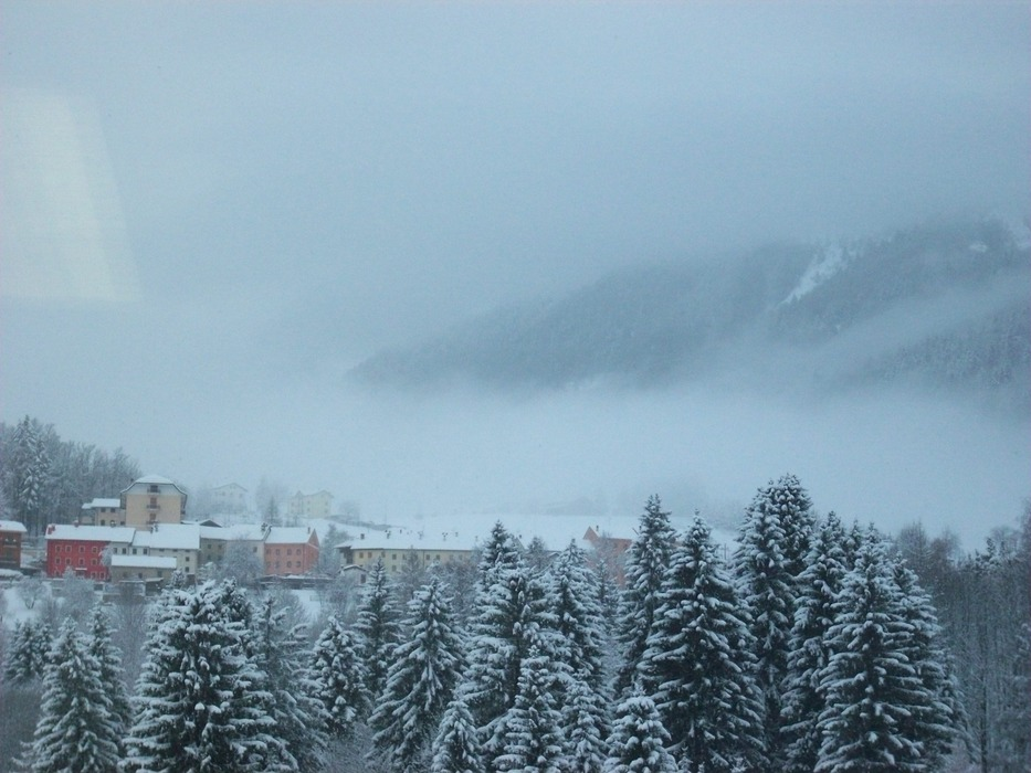 Fresh snow in Tonezza, Italy. Jan. 15, 2013 - © Consorzio Belledolomiti