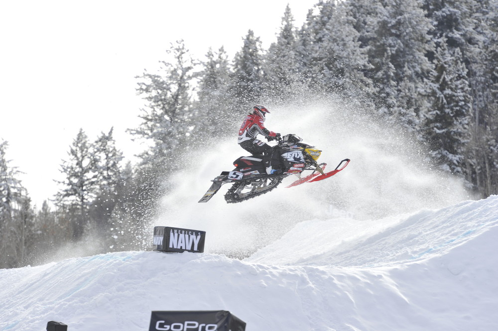 Mike Schultz came from behind to win SnoCross Adaptive - ©ESPN