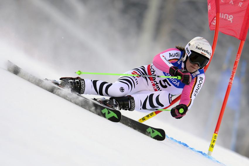 Viktoria Rebensburg verpasste gehandicapt eine Medaille klar - © Alain Grosclaude / Agence Zoom