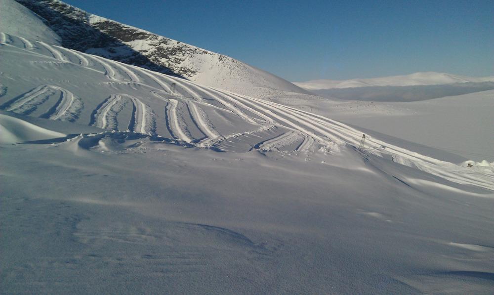 Galdhøpiggen Juvass Skisenter med pudder 19. februar 2013