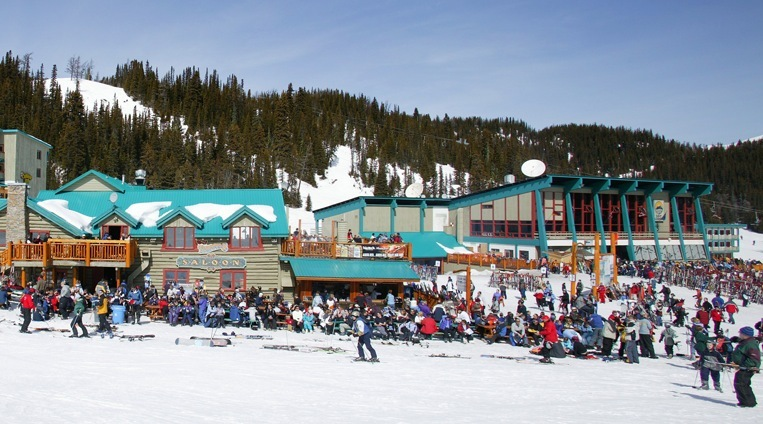 Skiers enjoy the spring sun at Sunshine Village. Photo courtesy of Ski Big 3.
