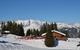 Pause déjeuner dans le resto d'altitude, au coeur du domaine skiable de Crest Voland - © Office de tourisme du Val d'Arly
