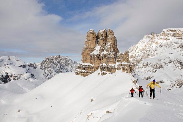 Traum eines jeden Skitourengehers: Tolle Bedingungen auf dem Weg zum Sextner Stein