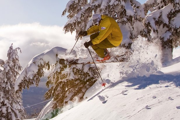 Snowiest Resort of the Week: 4.15-4.21Timberline Lodge