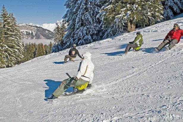 Nová zimná zábava: jazda na Yooneri  - © http://winter.valleedaulps.com