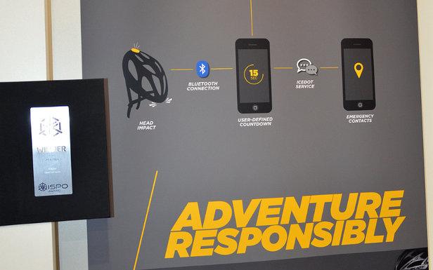 ICEdot-System: Crash Sensor, am Helm montiert