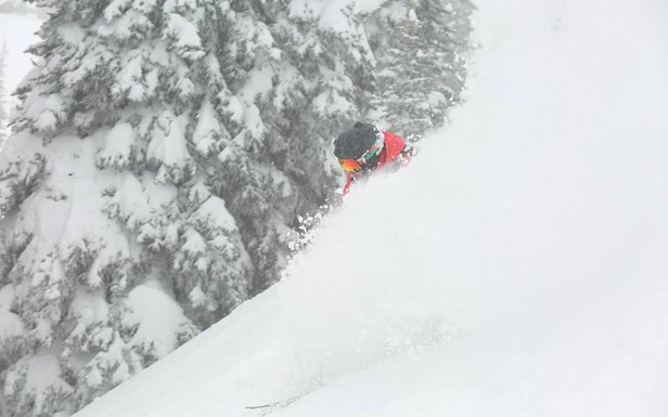 Storm Gallery: Titan Takes West Coast by Storm- ©Crystal Mountain Resort