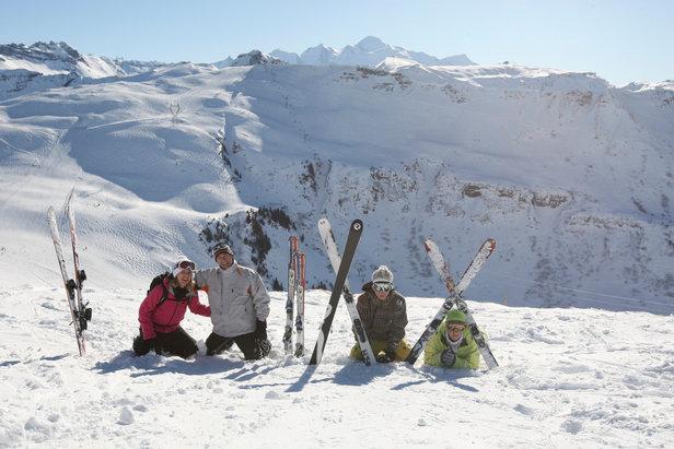 Un soleil lumineux, et toujours autant de neige : le début du printemps c'est la période idéale pour vos séjours au ski à Samoëns