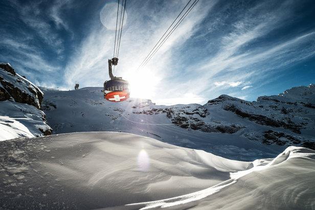 Neun auf einen Streich rund um Zürich: Aus dem Flieger in die Skigebiete- ©Engelberg-Titlis Tourismus