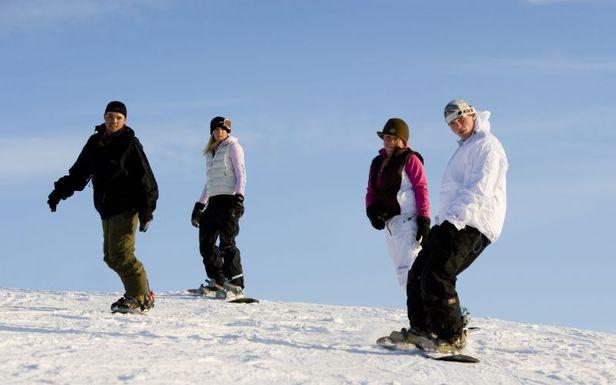 Essentielle Snowboard-Manöver: Von Girlanden und Tannenbäumen