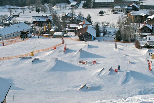 Freeskiing und Snowboarding at its best: Der Crystal Ground im Kleinwalsertal