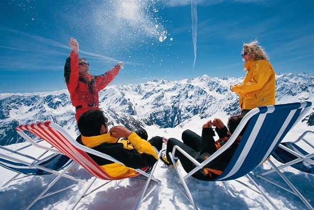 Dachstein Delays re-Opening Leaving Three Austrian Summer Glaciers Open