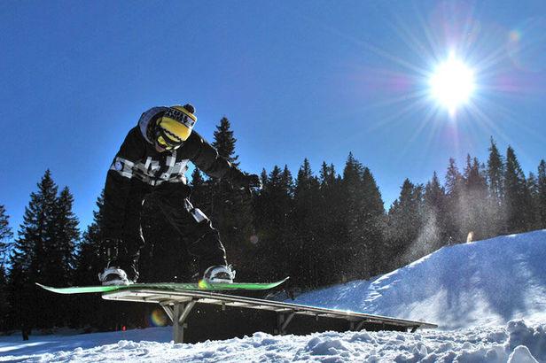 Crystal Ground im Kleinwalsertal: Ski und Snowboard Freestyle Fans bekommen ihren Kick