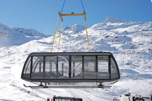 Giant Cable Car Cabins Arrive At Europe's Top Resort