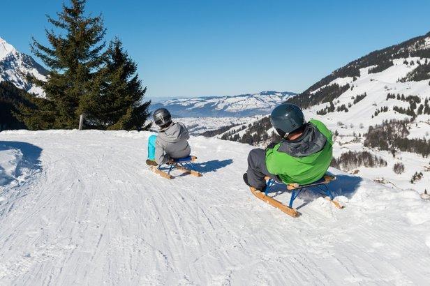Das Skigebiet Kiental lädt auch zum Skifahren ein