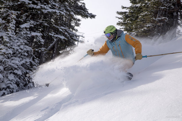 Photo Gallery: Opening Day Stoke ©Sunshine Village