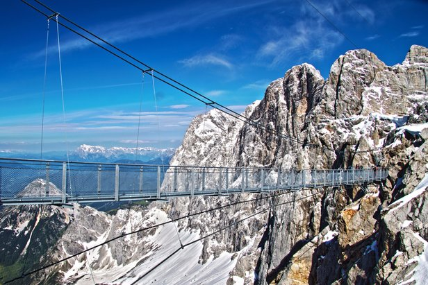Awesome views from the Dachstein suspension bridge  - © Schladming-Dachstein