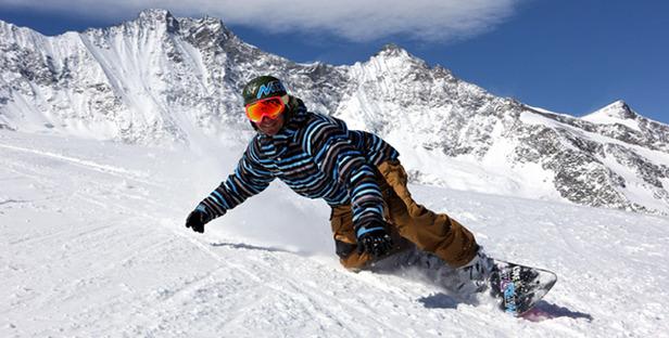 Saas Fee_Snowboarder