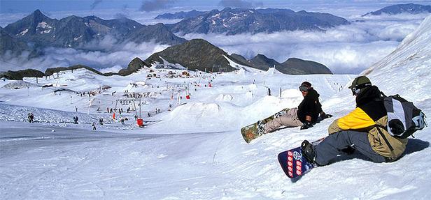 Ski d'été sur le glacier des 2 Alpes