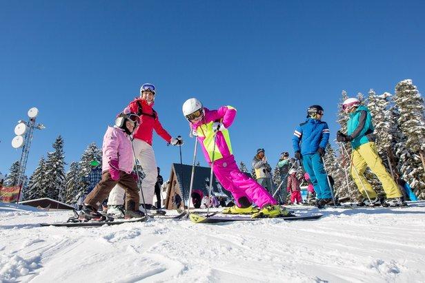 Dvoudenní lyžování na Lipně až do Vánoc za polovic!- ©Skiareál Lipno