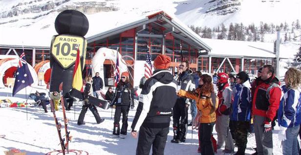 Val di Fassa, notte di adrenalina sulla neve