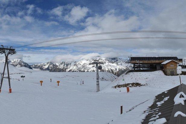 Masívne sneženie v Alpách: Aktuálne zábery z lyžiarskych stredísk- ©Alpe d'Huez/Facebook