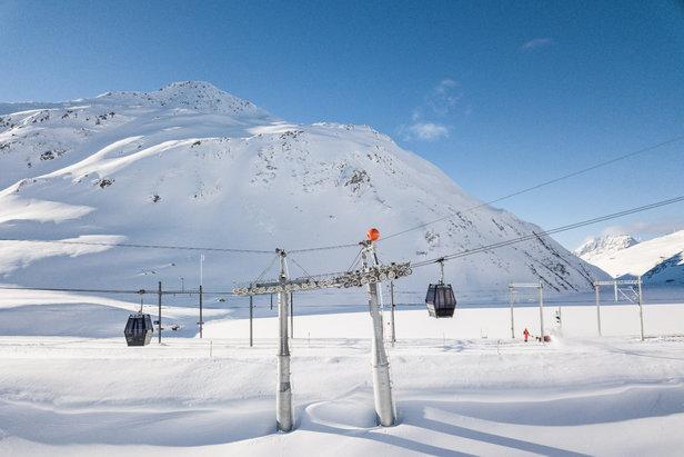 Schneebericht: Vorweihnachtswoche bringt milderen Wettermix mit viel Regen und Schneefall ©Skiarean Andermatt-Sedrun | Valentin Luthiger