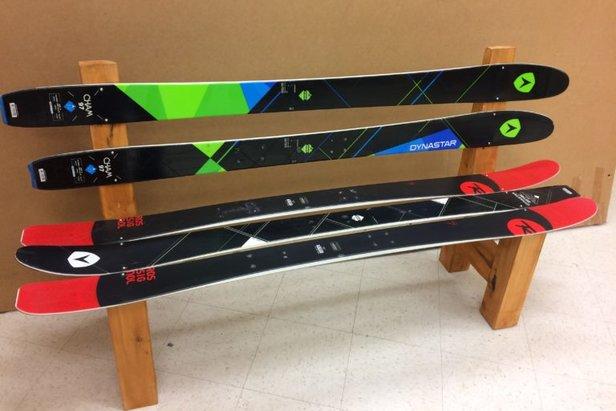 Que faire de son ancien matériel de ski/snowboard ?- ©skisrecup.com