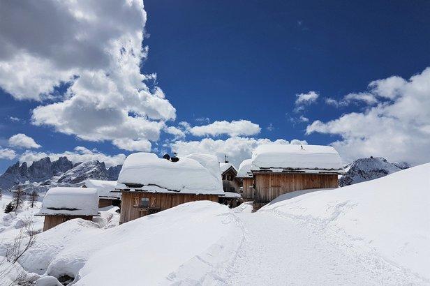 Alpenwetter: Nachschub an Neuschnee für die Alpen, gute Bedingungen zum Saisonende- ©Val di Fassa Facebook